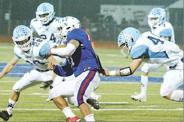 Beavers open up passing game in district shutout over Russell