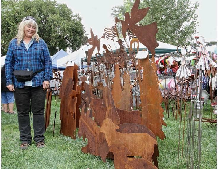 Whimmydiddle continues to be a tradition for shoppers, vendors