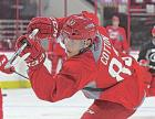 Cotton brothers sign with Carolina Hurricanes